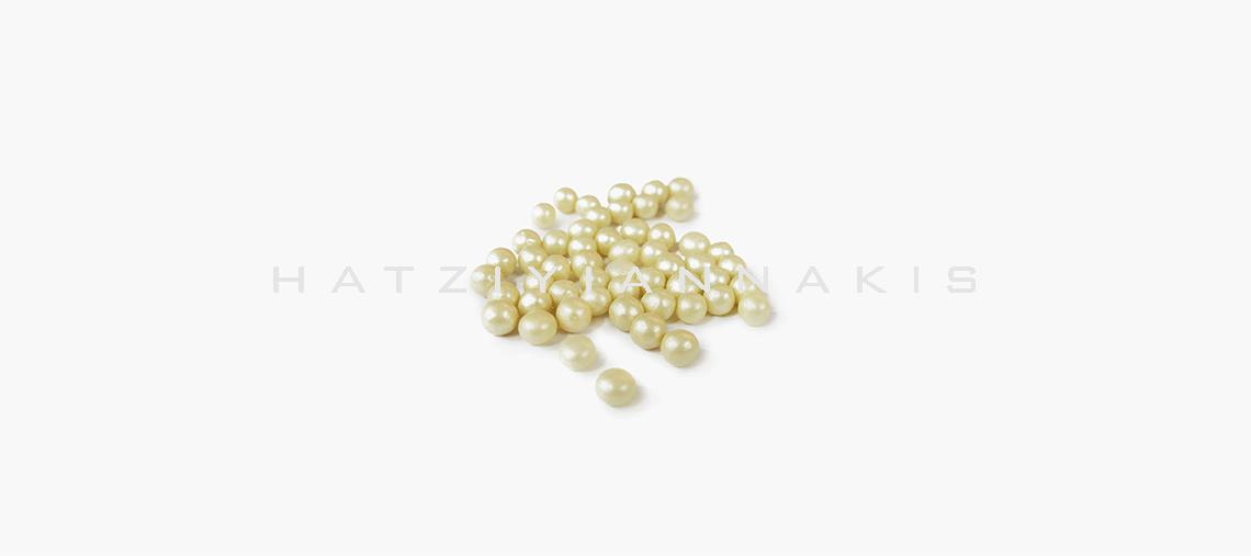 6205_502. Balls 5mm Pearlescent_Ivoire